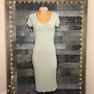 ONE CLOTHING / nwot v neck dress